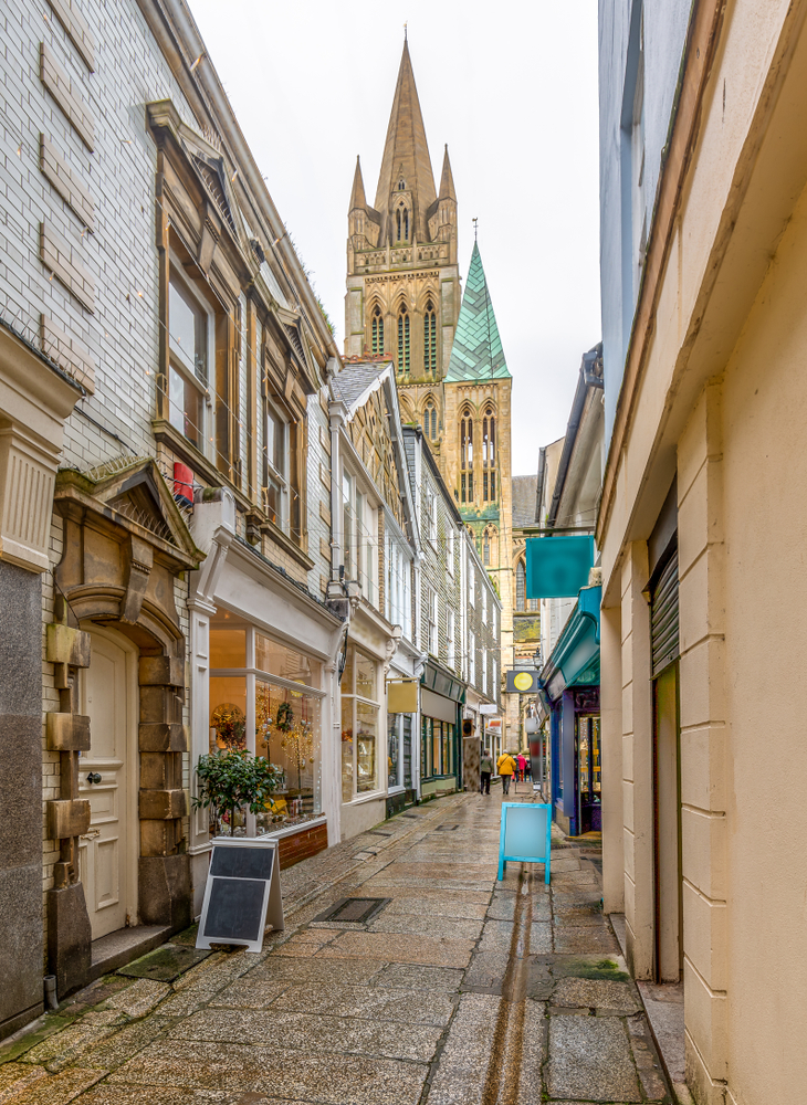 Cathedral lane Truro, quaint shops with the Cathedral in the background.